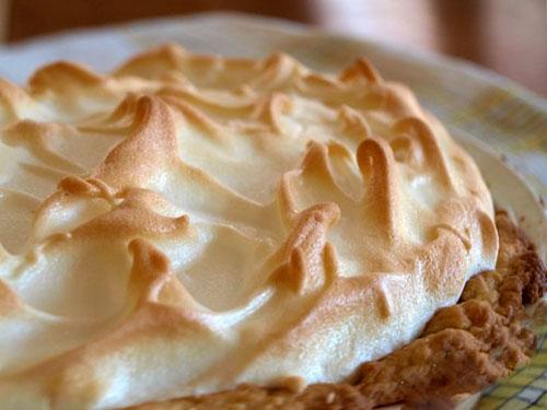 очень вкусный песочный пирог с яблоками