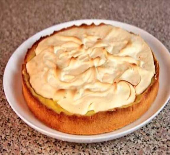 Как приготовить  лимонный торт с меренгой —  рецепт с фото