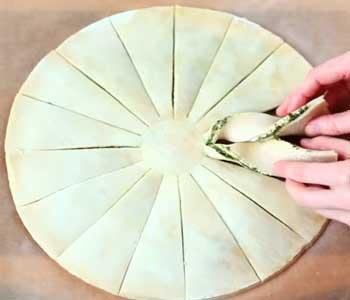 как сделать вкусный пирог со слоеным тестом с творогом