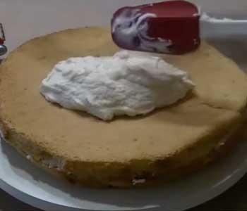 готовим крем для бисквитного торта со сгущенкой вареной