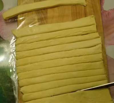 как сделать торт полено из слоеного теста рецепт с фотографиями