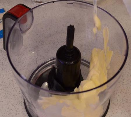 готовим вкусный и простой торт из овсяного печенья со сметаной