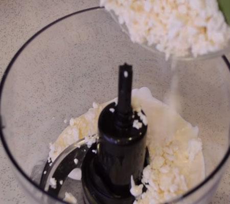 Клубничный торт без выпечки - рецепт с фото